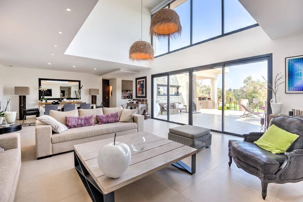 Maison 300 000 euros