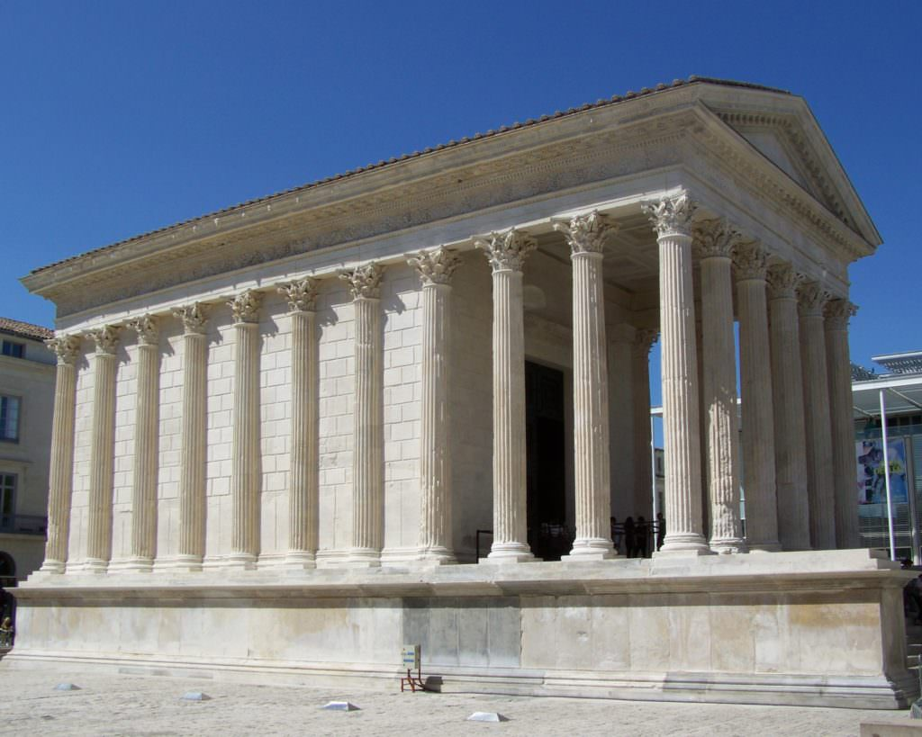photographie maison carrée