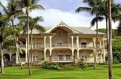 Maison coloniale top maison - Maison coloniale en bois ...