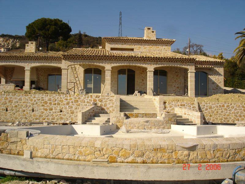 exemple maison en pierre