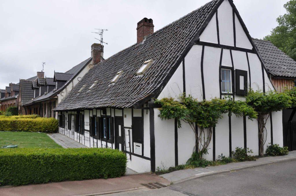 illustration maison flamande