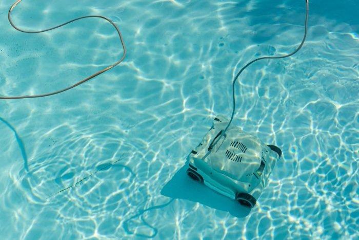 robot aspirateur de piscine