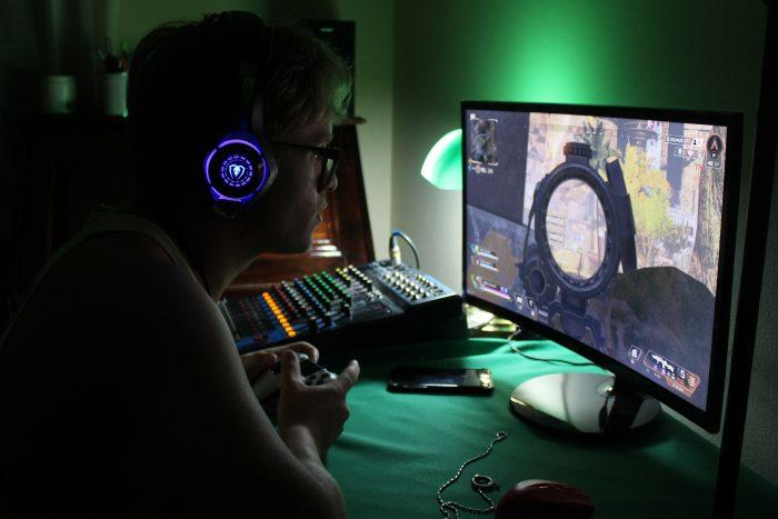 bureau gaming meuble